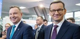Polacy lepiej oceniają premiera niż prezydenta. Najnowszy sondaż