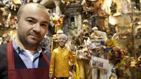 Szopkarze w Neapolu ostrzegają turystów przed kieszonkowcami