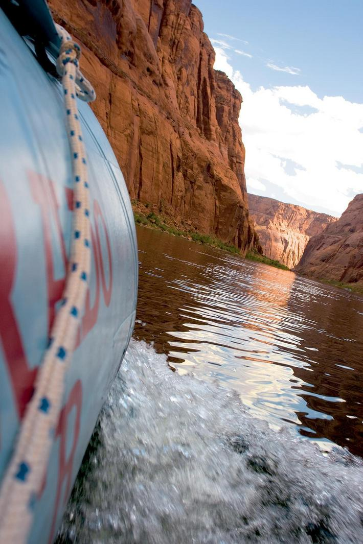 Grand Canyon: Water Rafting in the Colorado River