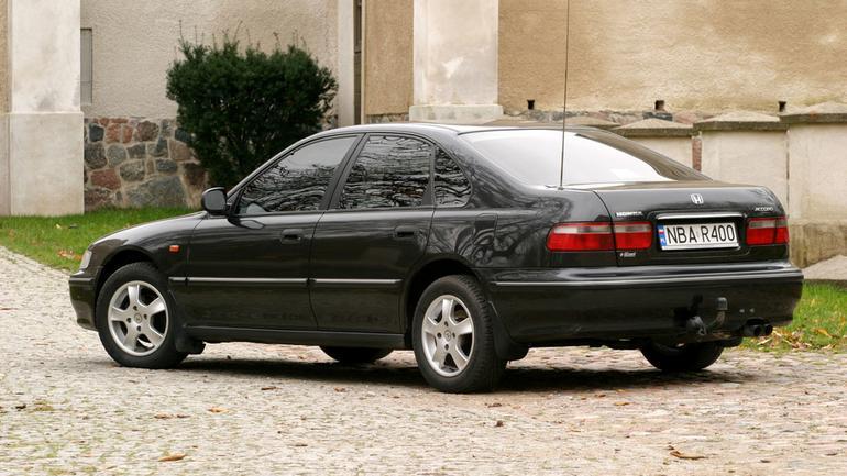 Japończyk ze Swindon - Honda Accord 1.8i (1993-97)