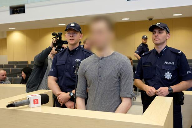 Świadek Kacper Ch. zeznaje przed sądem.