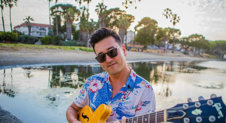 Dane Drewis and his guitar.