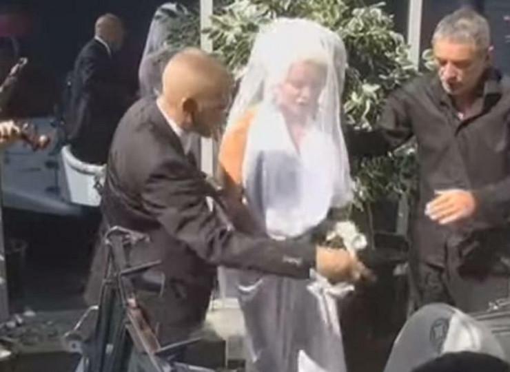 Sanja u venčanici