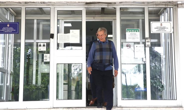 TUŽBA KOJA DRMA ESTRADU Miroslav Ilić se pojavio na sudu, otkrivamo sve detalje, pevač JAKO UZNEMIREN