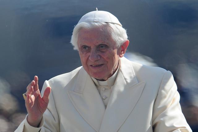 Ne želi u Jasenovac dok se ne utvrdi istina:Papa Benedikt XVI