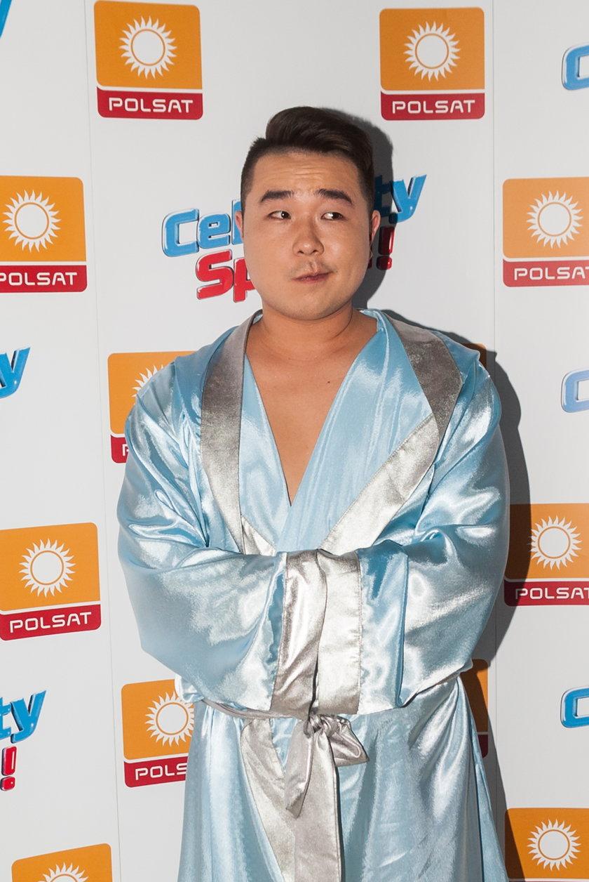 Bilguun Ariunbaatar w Celebrity Splash