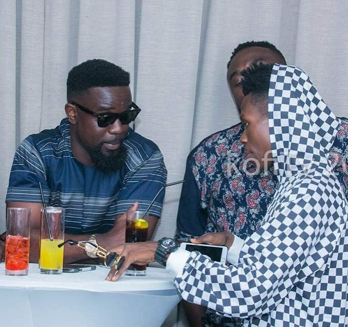 Sarkodie with Strongman