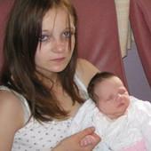 ZATRUDNELA JE SA SAMO 11 GODINA: Odlučila je da RODI, a kada vidite OCA bebe zalediće vam se krv u žilama!