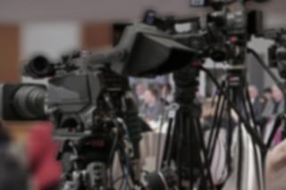 Regulacje vs. wolność. Co może reporter?