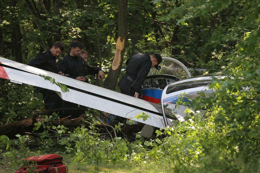 Wypadek samolotu w Warszawie. Kilka osób poszkodowanych