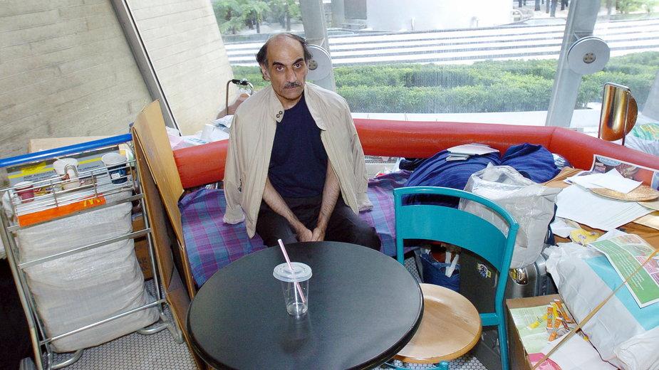 Mehran Karimi Nasseri spędził 18 lat na paryskim lotnisku (zdjęcie z 2006 r.)