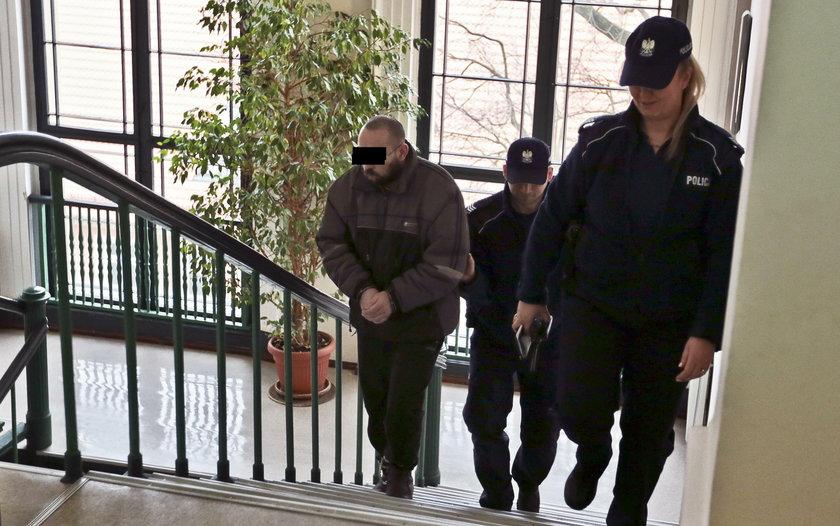 Jan B. zgwałcił 9-latkę