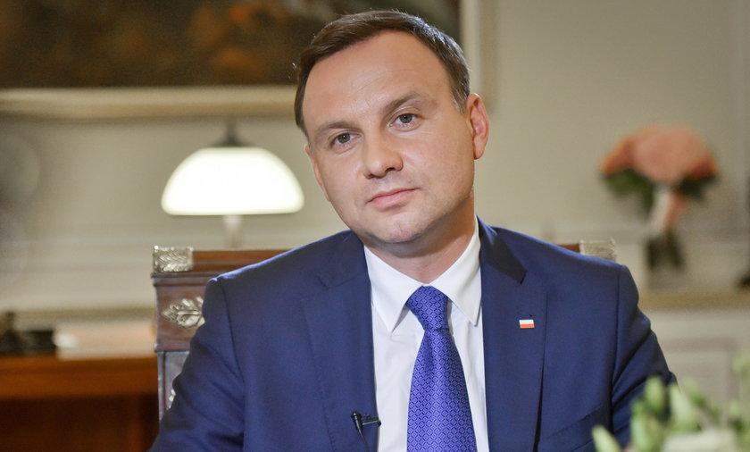 Porównali prezydenta Dudę do psa. Jest reakcja Polski