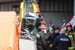 Wypadek autobusu ZTM w Warszawie. Pojazd spadł z mostu Grota-Roweckiego