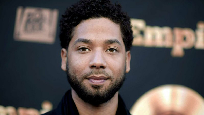 The 911 emergency call made on the night Jussie Smollett was attacked in Chicago has been released [NeYorkDaily]