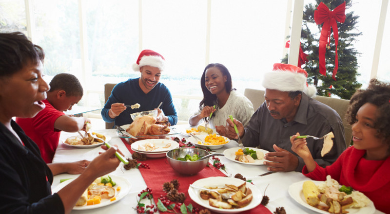 Family gathering habits we don't want to see this Christmas