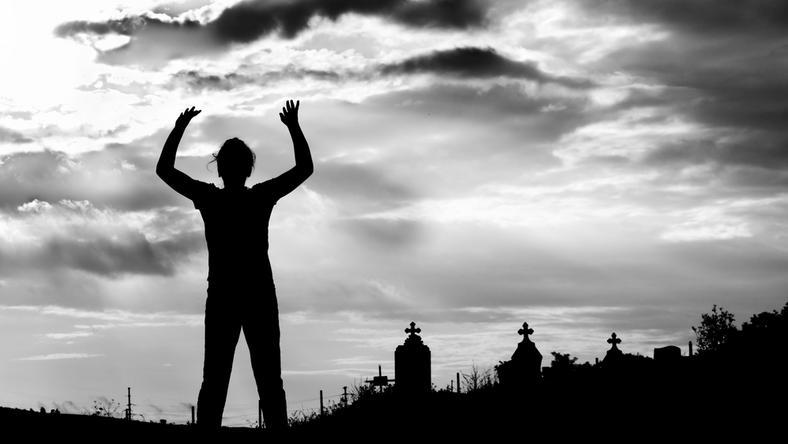 Czy człowiek może zmartwychwstać?