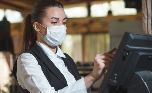 Czas oczekiwania na uzyskanie zezwolenia na pracę sezonową jest zdecydowanie krótszy niż w przypadku ubiegania się o zwykłe zezwolenie na pracę