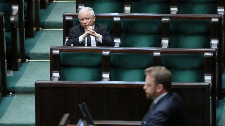 Jarosław Kaczyński broni ministra Łukasza Szumowskiego