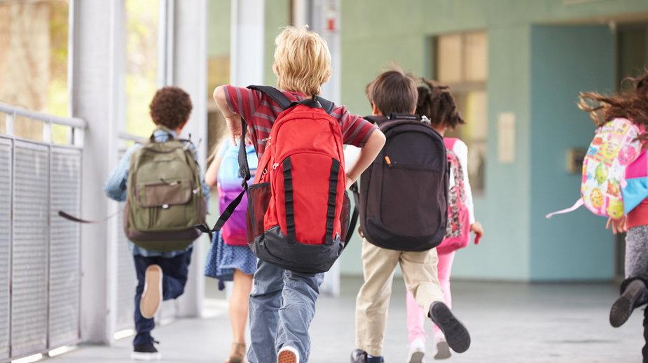 Powrót do szkoły 1 września. Jak ma wyglądać?