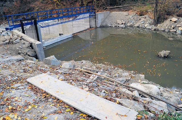Izgradnju malih hidroelektrana je, bez obzira na promene zakona, svakako prethodno potrebno planskim dokumentom definisati, kažu u Ministarstvu građevinarstva, saobraćaja i infrastrukture