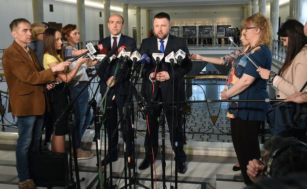 """Były minister sprawiedliwości Borys Budka (PO) ocenił, że wydarzenia we Wrocławiu pokazały, że """"nikt w Polsce nie może czuć się bezpieczny, ponieważ państwo PiS nie działa"""""""