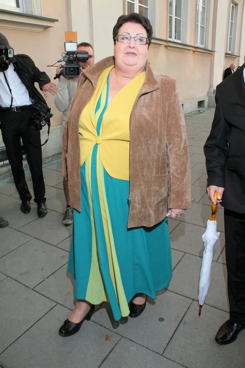 W 2012 roku odznaczona, na wniosek dzieci, Orderem Uśmiechu przez międzynarodową kapitułę.