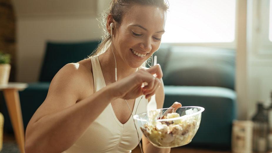 Co jeść po treningu i kiedy?