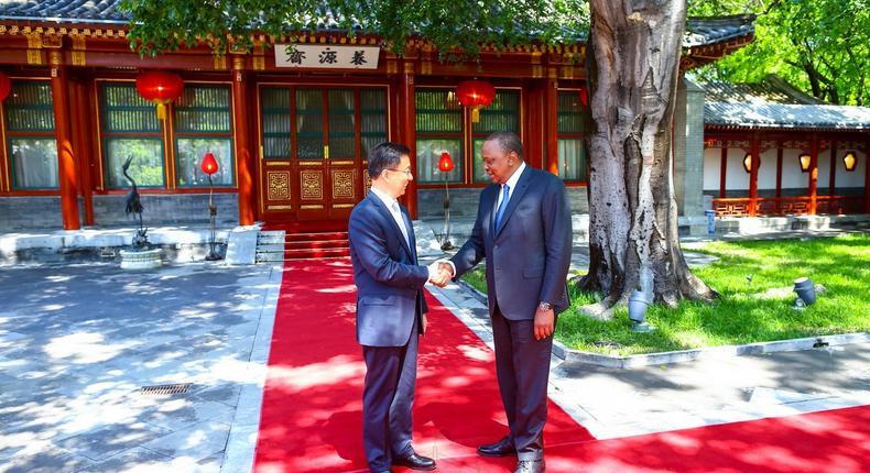 President Uhuru Kenyatta with Han Zheng, the First Vice Premier of the People's Republic of China (PSCU)