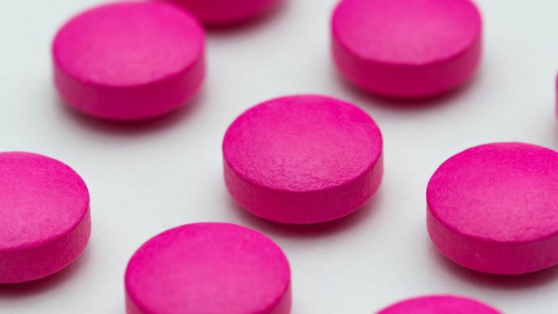 Różowe tabletki