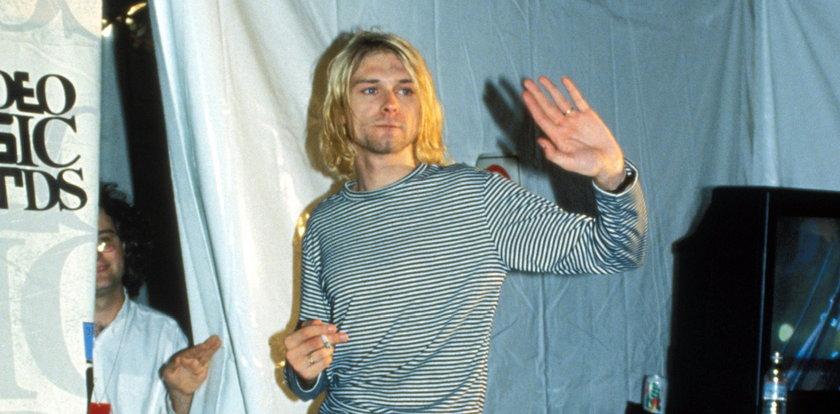 Włosy Kurta Cobaina sprzedane na aukcji. Cena szokuje