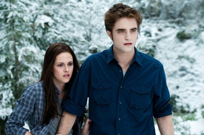 """Robert Pattinson i Kristen Stewart w filmie """"Zmierzch"""""""