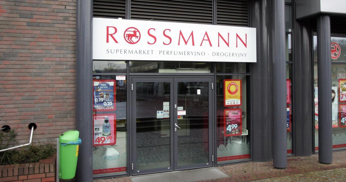 Promocja na kosmetyki do makijażu w Rossmannie