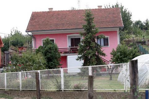 SADA ŽIVI U AUSTRALIJI: A nekada je ovo bio porodični dom TANJE SAVIĆ zbog kojeg nije pričala sa roditeljima!