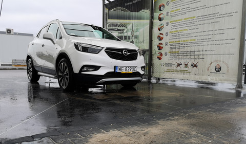 Opel Mokka X 1.4 Turbo A6 - multimedia z epoki GM