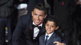 Urocze zdjęcie Cristiano Ronaldo z synem