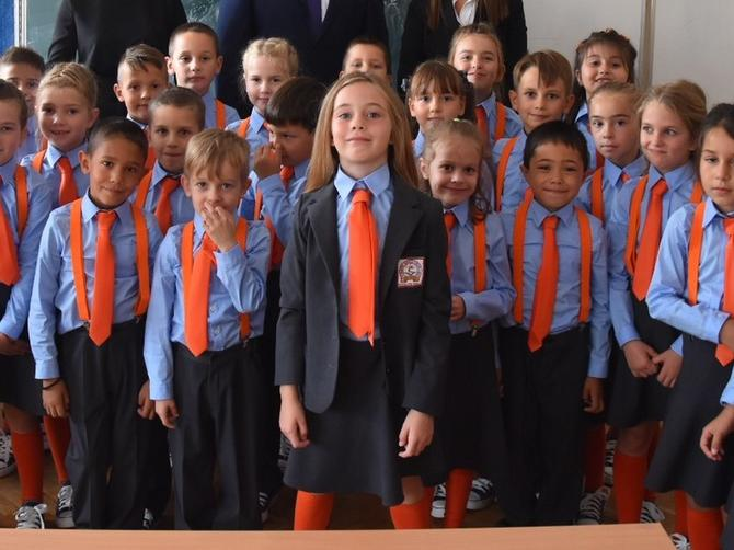 Dragana Ognjenović o školskim uniformama koje je dizajnirala i o kojima se danas priča