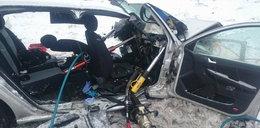 Tragiczny wypadek pod Mosiną. Nie żyją dwie osoby, w tym dziecko