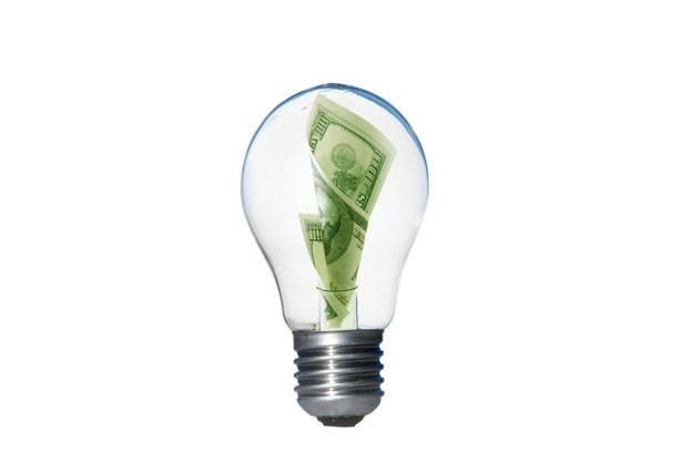 Energia i pieniądze, Fot. Shutterstock