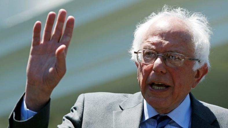 Sanders says will vote for Hillary Clinton for president