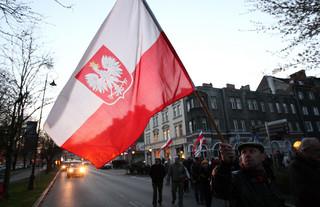 Wojna o pomnik smoleński: Decyzję podejmie Gliński, Warszawa grozi nadzorem budowlanym