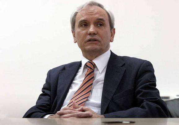 Petar Škundrić