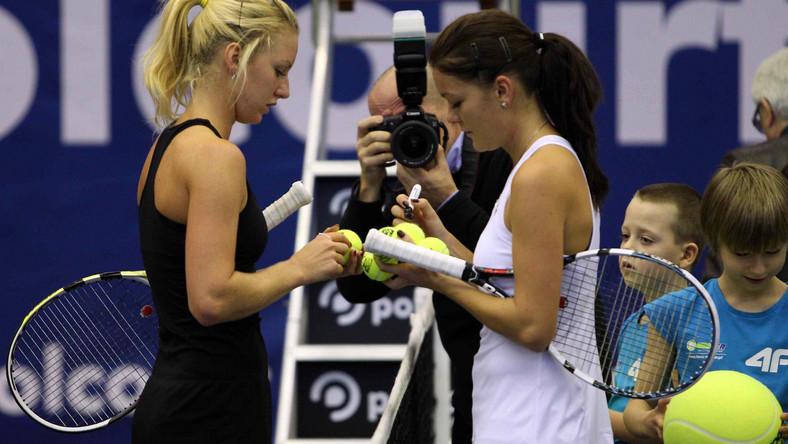Nasze tenisistki często rozdają autografy