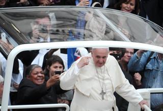 Papież: Wiele skandali w Kościele wybucha z powodu pieniędzy