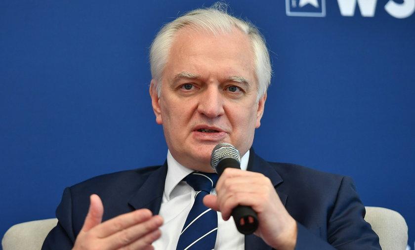 Jarosław Gowin chce wprowadzenia obostrzeń tylko dla niezaszczepionych.