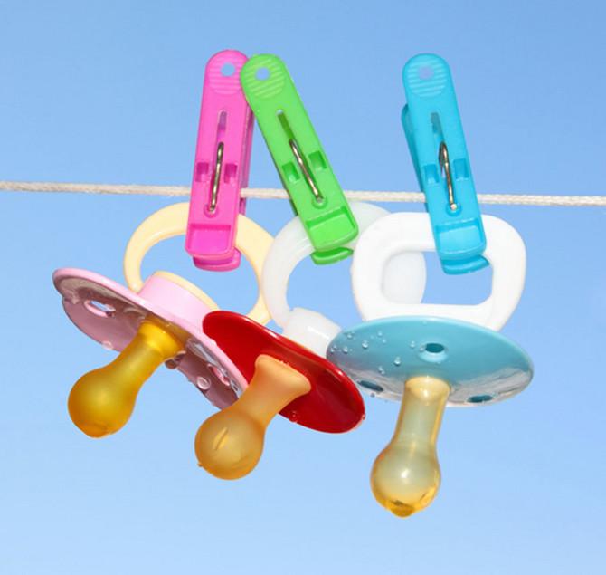 Stomatolozi savetuju da čim dete napuni dve godine krenete sa odvikavanjem od cucle