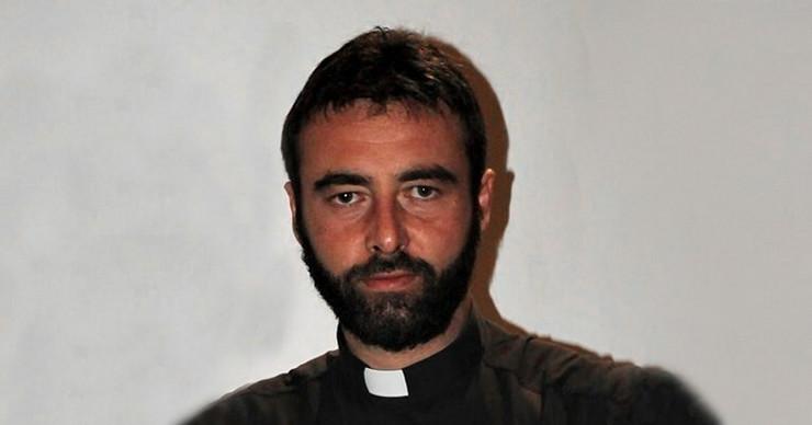 Sveštneik Rikardo Čikobieli