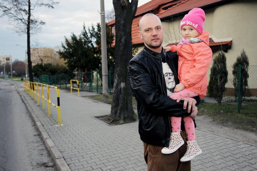 Tomasz Kalinowski (29 l.) z córką