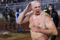 HOROR NA AUTO-PUTU U HRVATSKOJ Splitskog huligana koji je pravio haos na derbiju u Beogradu PREGAZILA TRI AUTOMOBILA (FOTO)