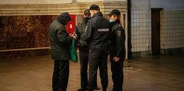 Co Rosjanie robią z wódką w czasie epidemii? Psychiatra mówi, że jej nie piją...